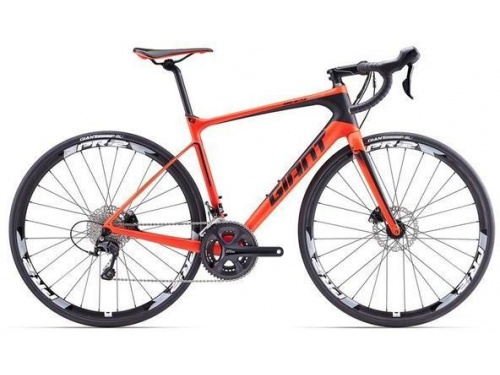 Road race carbon bikes